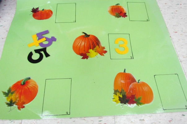Halloween Party Leaf Counting Game